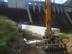 Earthmoving - dams