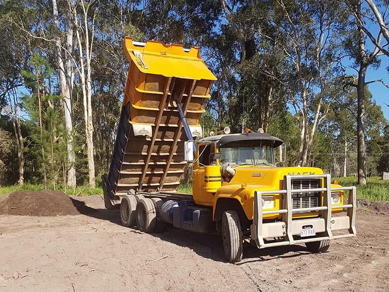 Side Tipper Truck hire