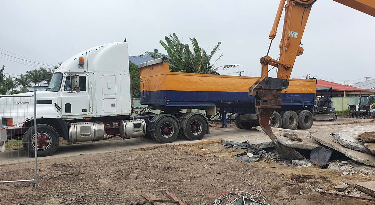 Demolition waste haulage Brisbane