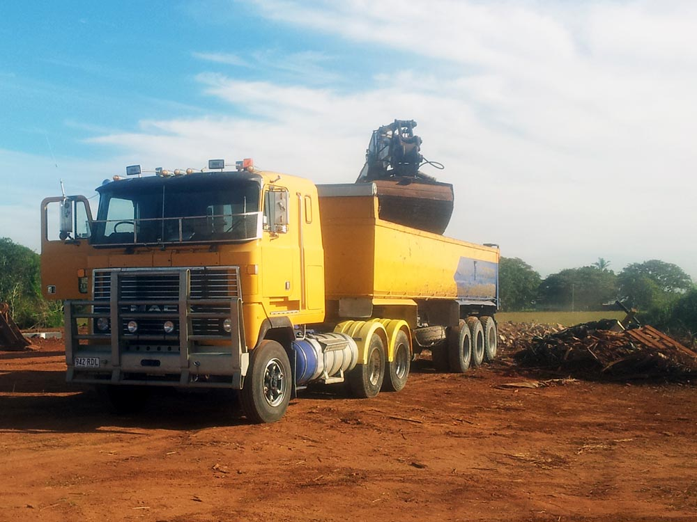 Earthmoving Loading Truck