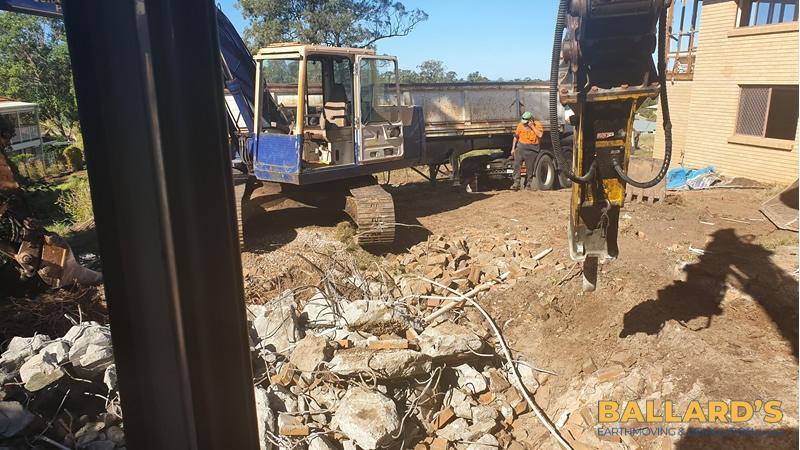demolition contractor brisbane