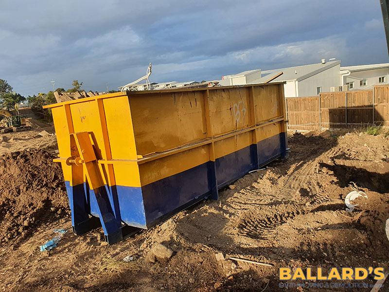 demolition with skip bin Kallangur