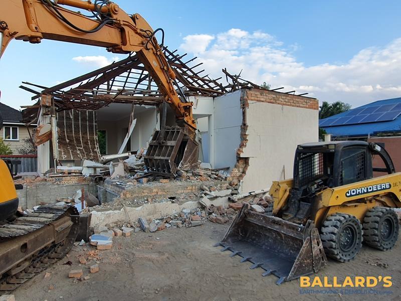 house demolition Everton Park
