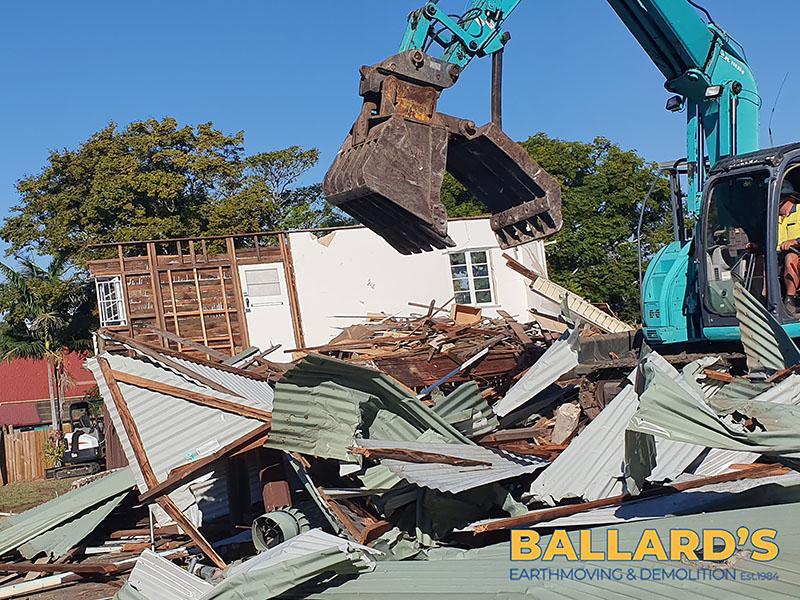 Demolition – Mt Gravatt East